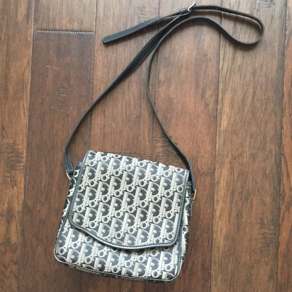 Dior Handbags - Selling low! Auth Vintage Christian Dior sling bag 3ce4b8f444afc